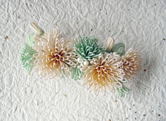 花寄せのバレッタ